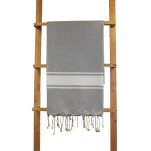 Fouta plate gris clair rayures blanches